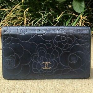 Authentic Chanel Camella bifold wallet, navy blue